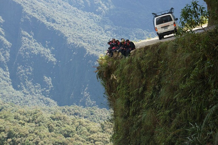 death road tour bolivia 10