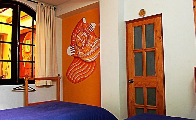 hostel ananay la paz bolivia 2